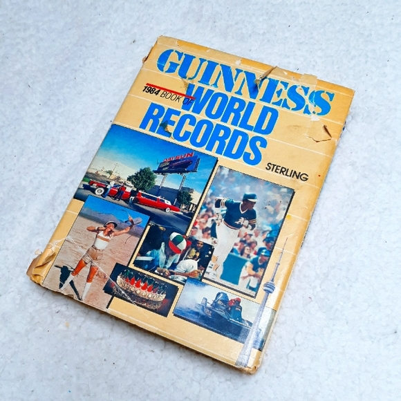 Guiness Book Of World Records 1984 Hardcover
